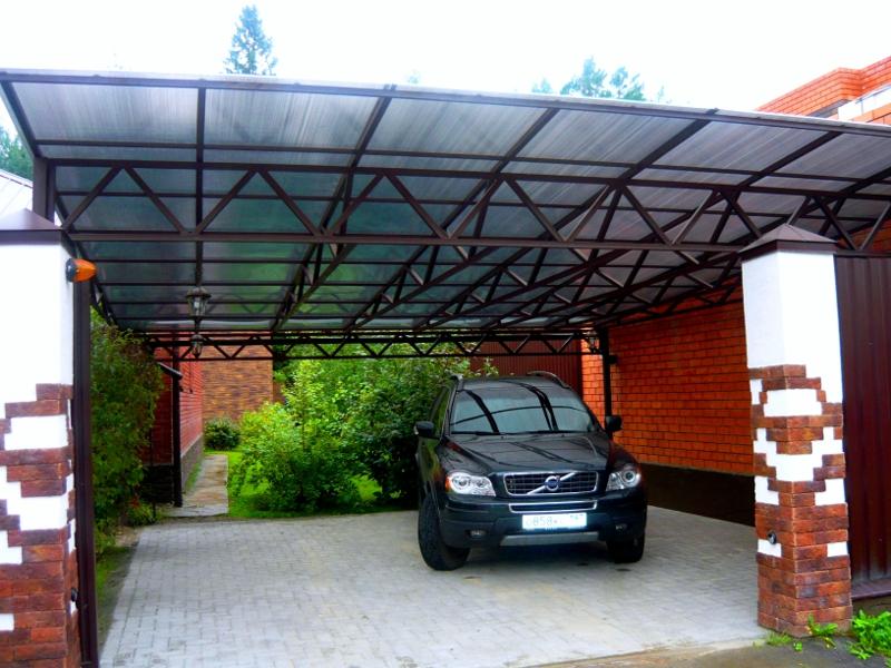 Навес из поликарбоната для автомобиля